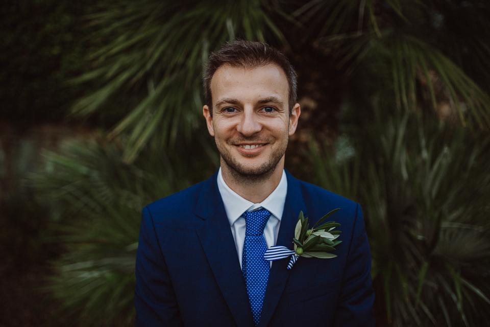 tuscany wedding groom