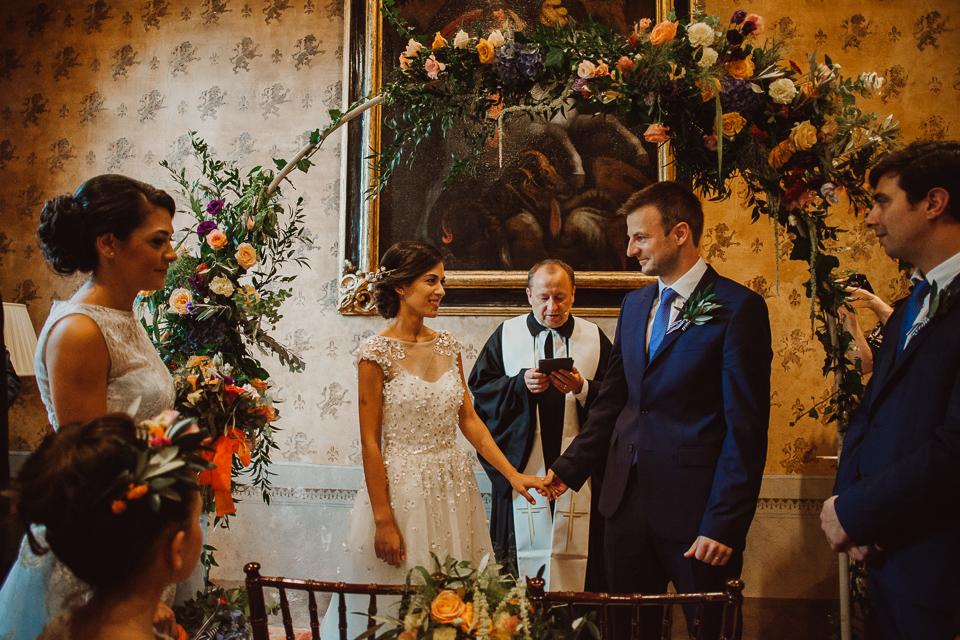wedding ceremony in fattoria di cinciano
